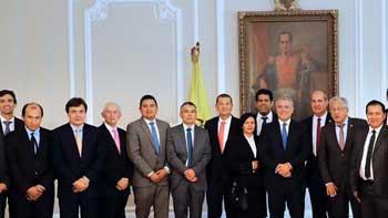 GOBIERNO NACIONAL Y CAFETEROS EVALUARON EL PRESENTE Y EL FUTURO DEL SECTOR EN COLOMBIA